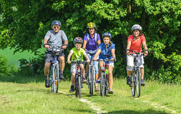Cycle-tours-for-the-whole-family